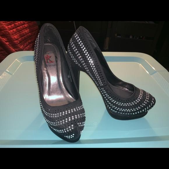 Shoes - Size 5 Heels 2/$12 BUNDLE DEAL